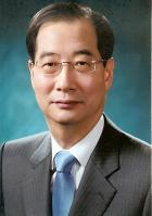 Han Duk-soo:  Ambassador of the Republic of Korea to the United States