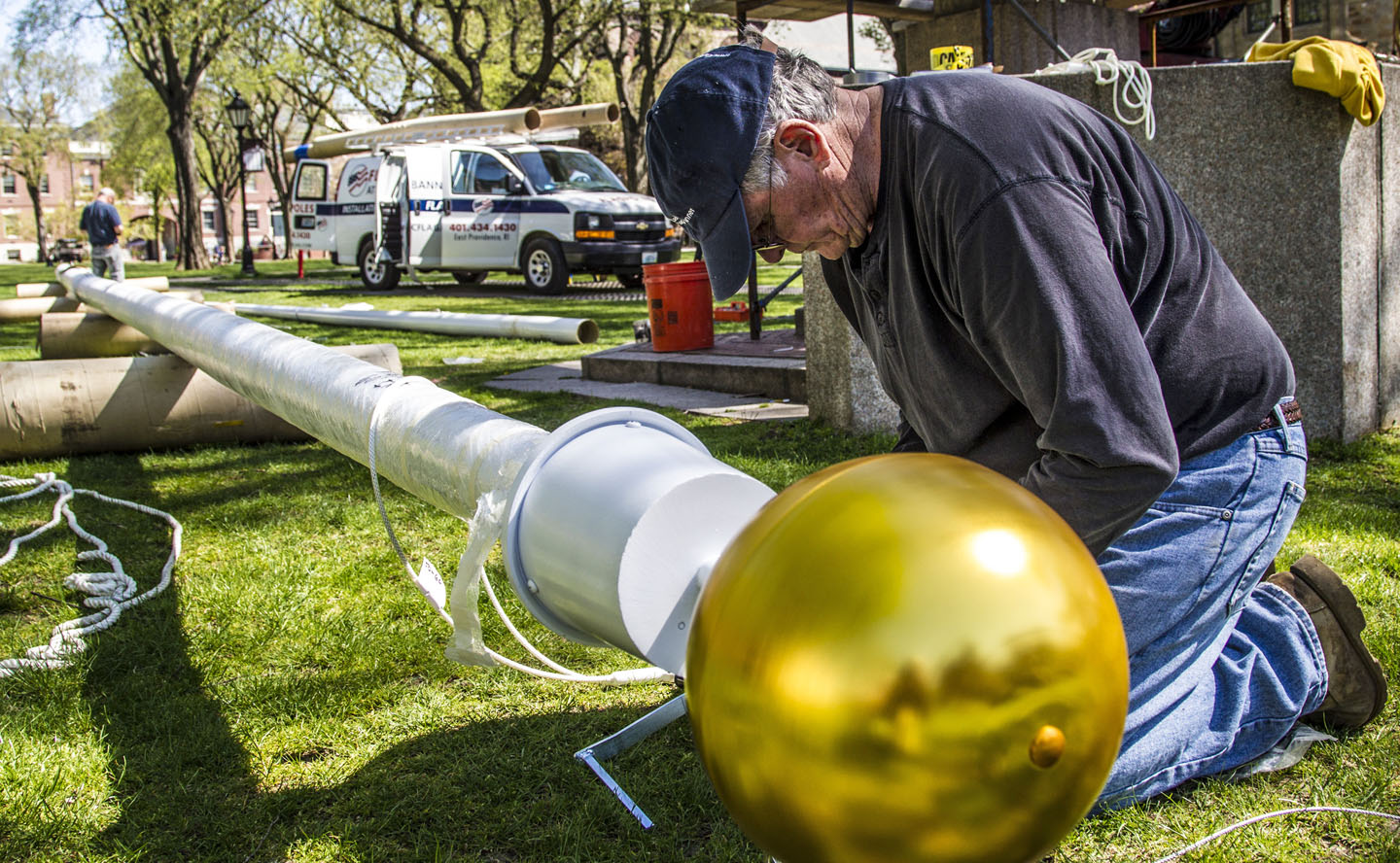 New flagpole arrives on College Green | News from Brown