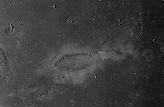 Mystiske lyse hvirvler på Månen kan være nylige kometnedslag